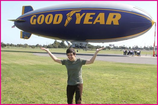 David-Archuleta-Goodyear-Blimp-2