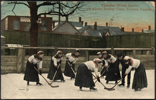 ladies_hockey_postcard_2280028_large